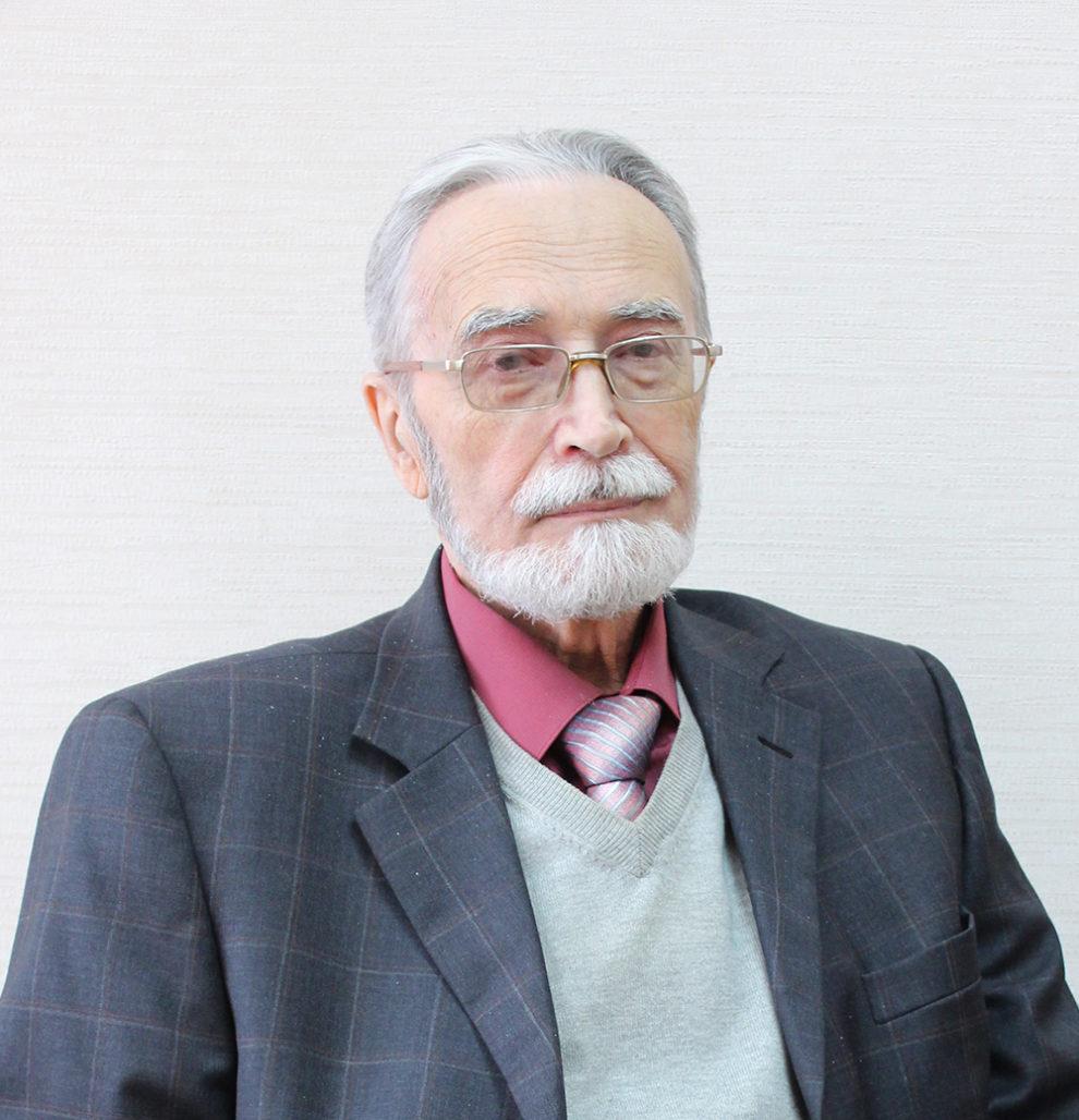 Петров Евгений Борисович